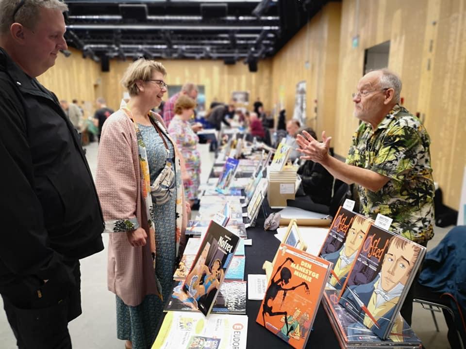 Ørsted-tegneren Ingo Milton passede Eudors stand søndag. Foto: Art Bubble.